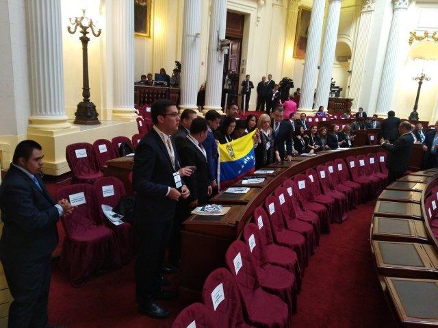 Foto: Delegación venezolana llegó al III Encuentro de la Red del Parlamento en Perú / Sabrina Martín