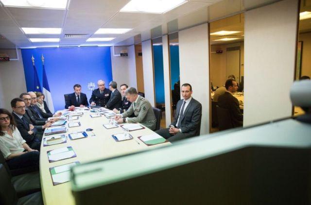Foto: El presidente de Francia Emmanuel Macron cuando ordenó a las fuerzas francesas intervenir en Siria / twitter