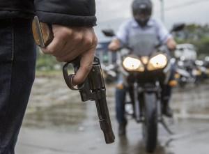 Robo de una moto desata doble linchamiento en Vargas