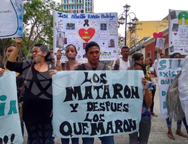 Foto: Familiares de la masacre de Policarabobo protestaron este 28 de abril / VPI