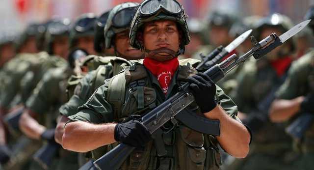 sentenció a tres años de prisión al ex ejecutivo financiero de Stroyinvest engineering Su-848, Irina Pomeshchikova, por malversar más de mil millones de rublos (16 millones de dólares) destinados a la construcción de fábricas de rifles de asalto Kalashnikov en Venezuela   FOTO: Emerge85.io