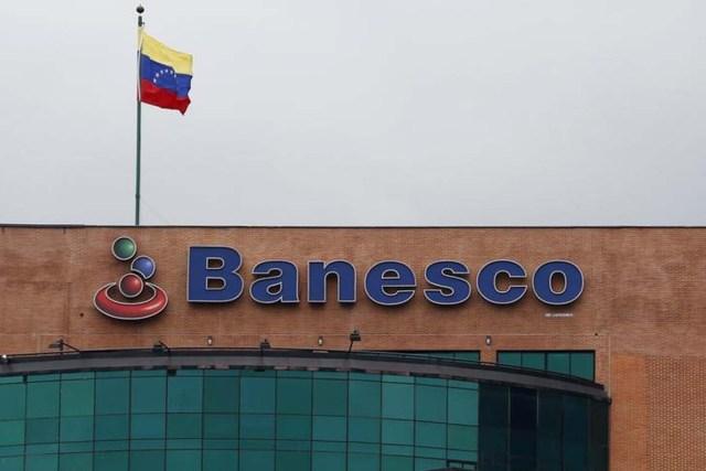 La casa matriz del principal banco privado de Venezuela, Banesco, en Caracas, ago 22, 2014.     REUTERS/Carlos Garcia Rawlins
