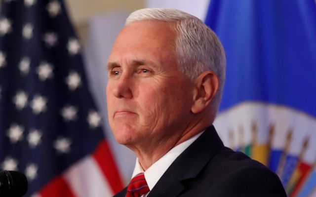 El vicepresidente de EE. UU. Mike Pence se dirige a la Organización de Estados Americanos en la sede de la OEA en Washington, EE.UU., el 7 de mayo de 2018. REUTERS / Kevin Lamarque