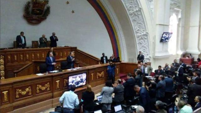 La Asamblea Nacional desconoció los resultados electorales / Foto: @UnidadVenezuela