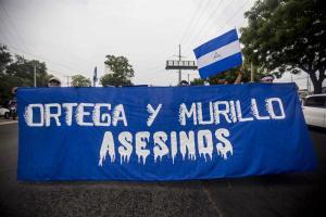 Ya Daniel Ortega le compite a Nicolás Maduro en represión y muertos