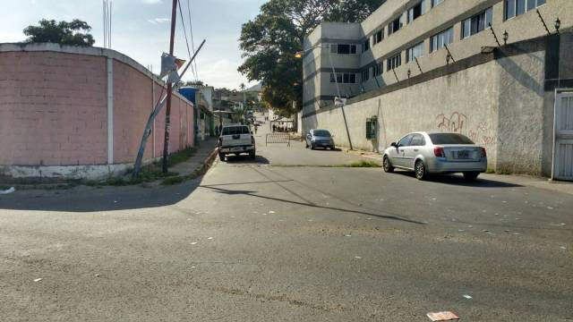 Escuela Guaicamacuto, el centro más grande del estado Vargas | Foto: Cortesía