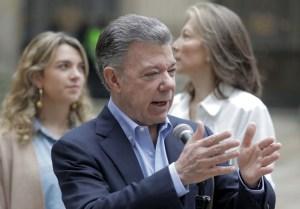 Santos felicita a Duque tras ganar elección presidencial (+tuit)
