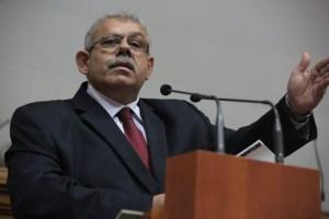 Elías Matta: Venezuela ha dejado de percibir alrededor de 170 mil millones de dólares por la caída petrolera