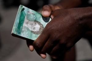 Hiperinflación se traga el salario mínimo