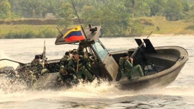 Guardacostas venezolanos patrullan las aguas frente a posibles delincuentes - FANB
