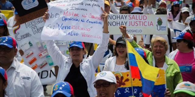Protesta por la crisis humanitaria que atraviesa Venezuela actualmente. Foto: Facebook OrganizacionStopVIH