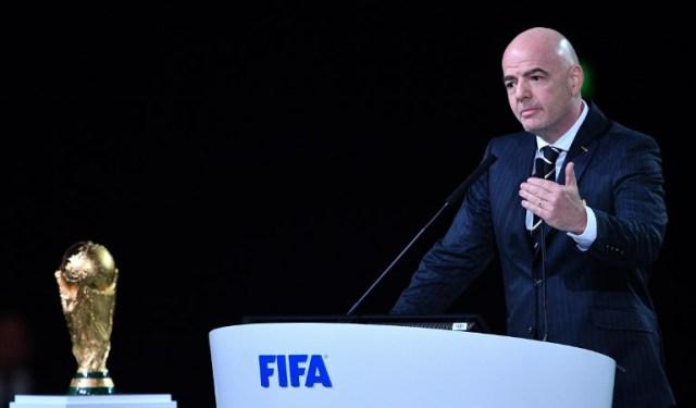 El presidente de la FIFA, Gianni Infantino, pronuncia un discurso durante el 68º Congreso de la FIFA en el Expocentre de Moscú el 13 de junio de 2018. / AFP PHOTO / Mladen ANTONOV