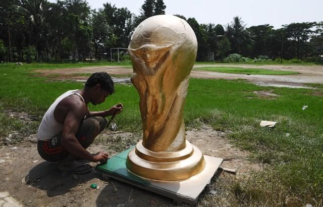 Copa Mundial FIFA India 2018, en Calcuta el 13 de junio de 2018. / AFP PHOTO / Dibyangshu SARKAR
