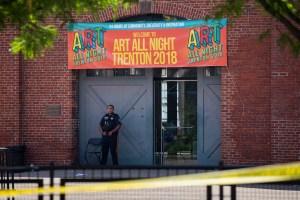 Al menos 20 heridos en tiroteo en festival de artes en EEUU