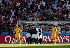 En FOTOS: Francia gana a Australia en el estreno del VAR Mundial #Rusia2018
