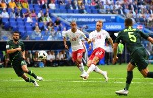 En FOTOS: Resultado engañoso: Daneses y australianos dieron un espectáculo con miras a la clasificación