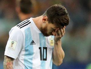 """Prensa argentina llora la """"catástrofe"""" y ve a la Albiceleste fuera del Mundial"""