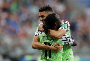 En FOTOS: Nigeria se solidariza con los argentinos y arrasó con Islandia en #Rusia2018