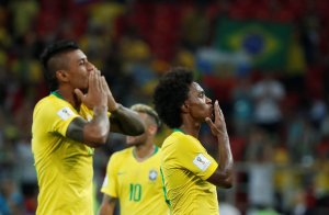 En FOTOS: Brasil hizo los deberes ante Serbia para asegurar su presencia en la siguiente fase en #Rusia2018
