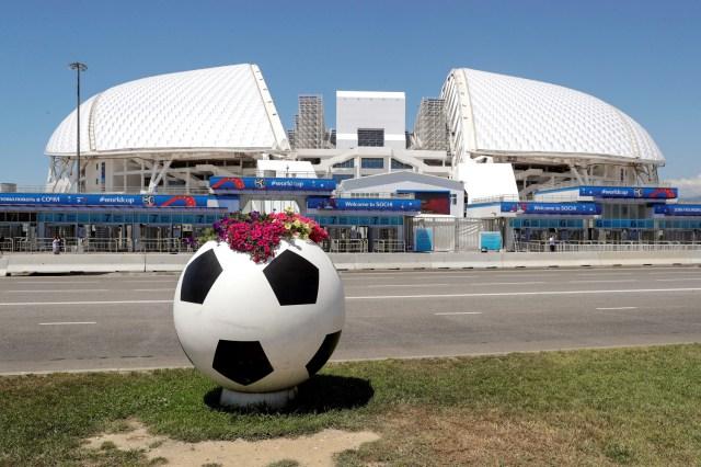 Vista general del estadio Fisht de Sochi, Rusia, hoy, 13 de junio de 2018. La Copa Mundial de la FIFA se celebrará en Rusia del 14 de junio al 15 de julio de 2018. EFE/ Sebastião Moreira