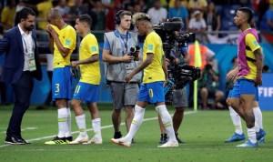 La prensa brasileña, decepcionada con el empate y molesta con el árbitro