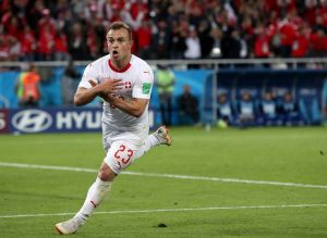 FIFA abre proceso disciplinario a suizos Xhaka y Shaqiri por celebraciones pro-kosovo