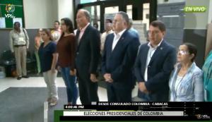 ¡Puntual! Cierran las mesas de votaciones en el Consulado de Colombia en Caracas