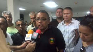 Sector transporte depende de un 99% de la ayuda del Gobierno, según, Hugo Ocando