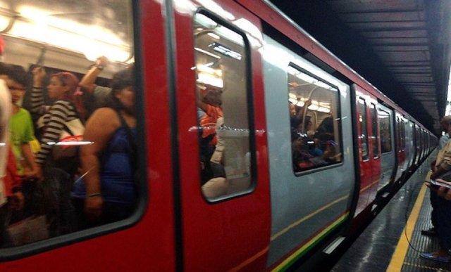 El Metro de Caracas evalúa cambiar el horario los fines de semana | Foto @RCTVenlinea