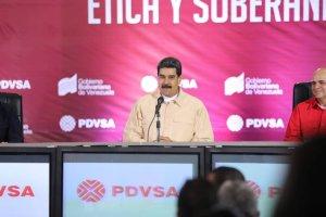 """Maduro sale """"a pasear"""" por Caracas cuando ya no hay gente en las calles (Video)"""