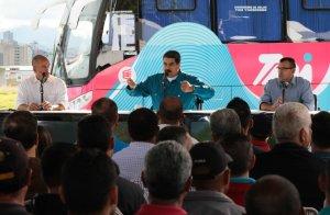 """Maduro dice que Juan Manuel Santos se retira de su mandato """"derrotado"""""""