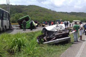 Colisión múltiple en la autopista Charallave – Ocumare dejó 17 heridos