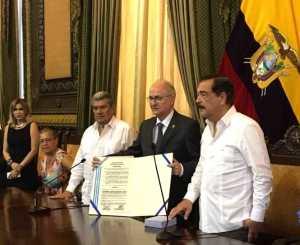 Ledezma en Ecuador: Mediadores deben ayudar a definir términos de salida de Maduro cuanto antes