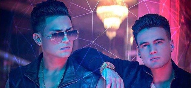 Aran One y Gustavo Elis. Captura de pantalla del su video Todo Cambio
