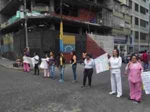 Médicos y enfermeros protestan en el Hospital Elías Toro de Catia #26Jun