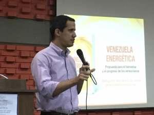 Juan Guaidó: Qué hizo este gobierno con los 286 mil millones de dólares que invirtió en la industria petrolera