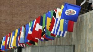 La Corte Penal Internacional y más sanciones, sobre la mesa contra Maduro