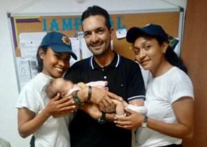 Funcionarias de PoliValencia tuvieron que amamantar a bebé abandonada en Santa Ines (fotos)