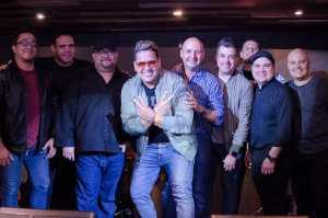 Vicentt ofreció show case con gran éxito en Miami rodeado de amigos