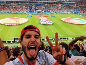 Este cantante latino le echó los perros en plena transmisión en vivo a una periodista deportiva en el mundial #Rusia2018