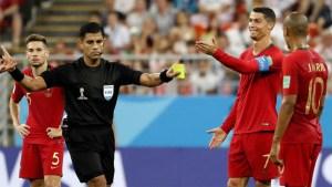 El codazo que casi le cuesta la roja a Cristiano Ronaldo