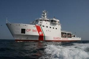 ONG española denuncia que Italia delega a Libia el rescate de mil migrantes