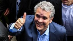 Opositores venezolanos celebran victoria de Duque en presidenciales Colombia