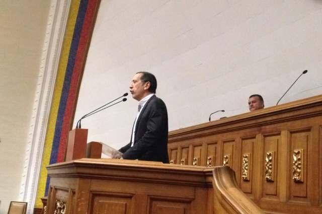 Foto: El diputado ante la Asamblea Nacional por Caracas y presidente de la Comisión de Finanzas, José Guerra / Asamblea Nacional