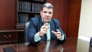 Luis Parra: Es un grave error refrescar el gabinete con más burocracia