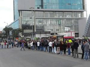 Colombianos votaron en Venezuela en plena ola migratoria