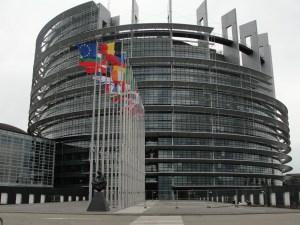 Dieciséis países de UE buscan hoy perfilar acuerdos migratorios en Bruselas