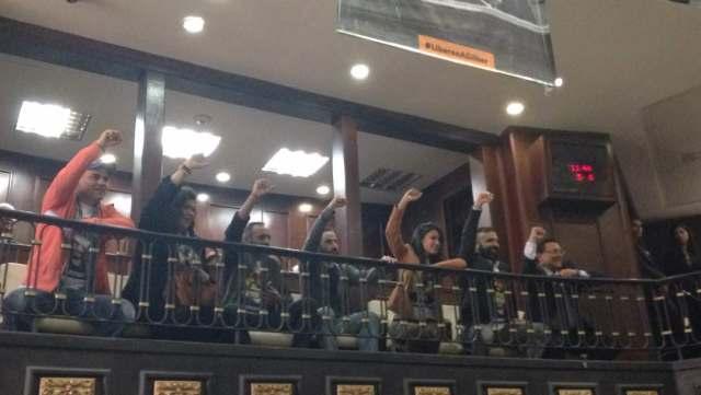 Presos políticos liberados en la AN // Foto @AsambleaVE
