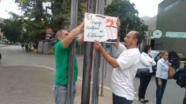 Foto: Vecinos de La Vega protestan por las fallas en el transportes / @IsmaelMataVP - twitter