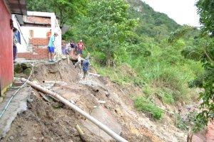 Al menos siete casas colapsaron en Táchira por fuertes lluvias (Fotos)